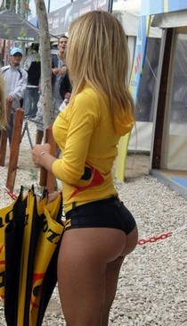 Stunning chick with round butt Butts Asses and more !.