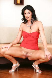 Amateur porn - niche Brunette