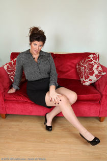 AllOver30, Mature Pictures, Milf Pics