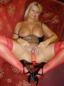 Photo featuring sexy blonde mature.