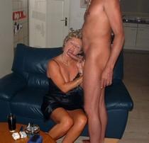 Mature lady doing a hot blowjob