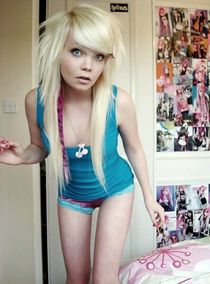 Emo Teens with great makeup. Amateur home photos of beautiful girlfriends.