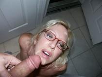 Blond mature get cum facial