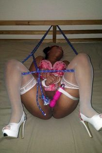 She didnt know that I roped the vibrator to the leg. After a little punishment, i hit..