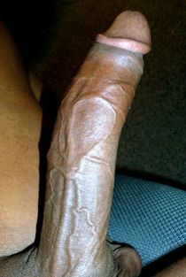 Muscled black dick closeup