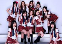 Sexy japanese schoolgirls.
