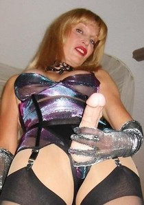 This mom ready to fuck You!