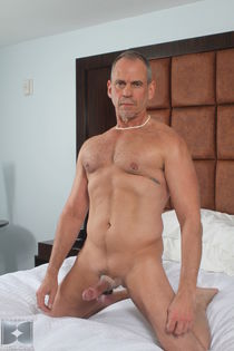 Download free Mature gay man dick erik reese is so - Big dic