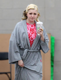 """Exclusive. Stars Spotted On Set Of """"Scream Queens"""" OCEANUP T"""