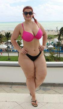 Ioana Chira bbw ladys Pinterest Curvy, Curves and Chubby gir