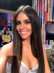 """Pin by True-Brownii on """"Latinas: Beautiful Ladies Hermosas D"""