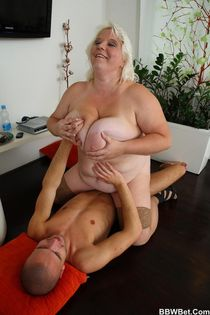 The hooker wears pink and looks slutty as - Golden BBW - Pic