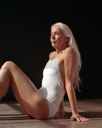 This 60-Year-Old Swimsuit Model Will Take Your Breath Away -