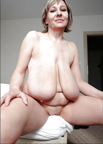 Big saggy tits - Pics - xHamster