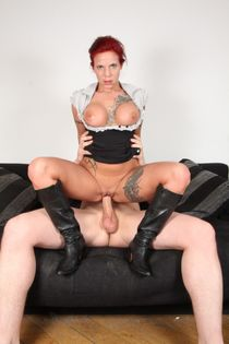 German chick Mia De Berg gets banged and jizzed on in black