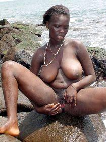 Sexy African Goddess pictures : big ebony tits, ebony on @ E
