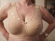 Big boobsmom bra and son - Big tits