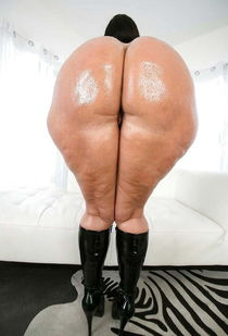 """See and Save As """"vanessa blake huge ass brunette milf """" - Ge"""