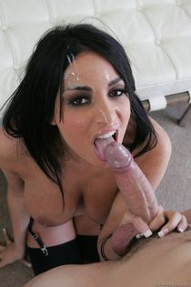 ▷ Anissa Kate in Facial Overload 2 - Milf Edition (Photo 5)