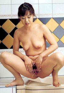 Voyeuy Jpg Asian Pee Girls