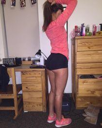 College girl in short shorts : Girls In Yoga Pants Leggings