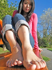 Teen- Babes Legs- Feet  by FetishGreg88 - Photo