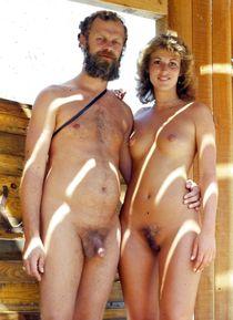 "See and Save As ""topless and nude beaches voyeur "" - Gesek.N"