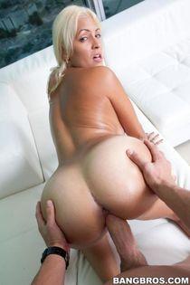 Big Tits Round Asses Jazmyn - XXXPornoZone