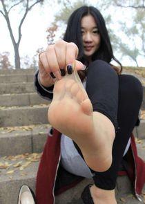Pour les fétichistes de pieds asiatiques... - 4plaisir