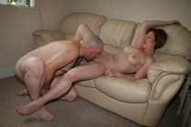 Mature couples eating pussy - Solo - tendfy