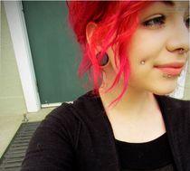 Dimple piercings aaaaawwwww gotta say she suits em not every