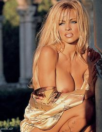 Pamela Anderson nude sexy from Playboy Germany Special Digit