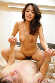 Sexy Asian MILF Nao Kato gets her hairy Japanese pussy toyed