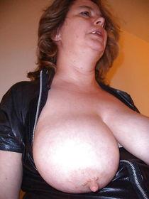 Large mature breasts large nipples - MILF