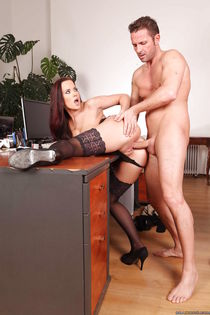 European MILF office babe Cindy Dollar seduced a client with