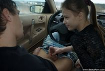 Adorable teenie giving a skilful blowjob in the car - Pichun