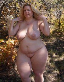 Голые женщины в теле - фото