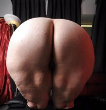 BBW chubby supersize big tits huge ass women - Pics -