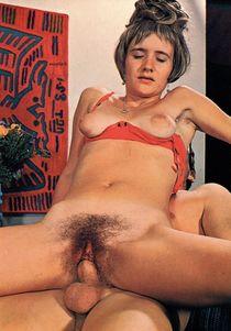 With Retro hairy pussy porn - porno tube