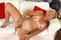 Mature women for men - Other