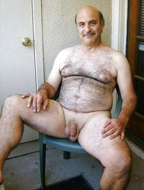 Horny and hot old and mature gay man - Pics - zoloshakar