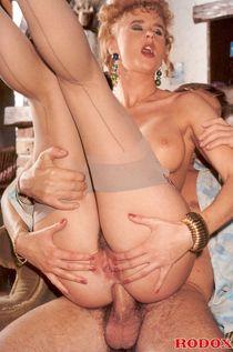Free medieval porn pics : Hardcore anal sex VINTAGEPORNSTARS