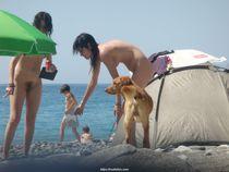 nudistico: Nudist beach in Croatia (Pics, 23 MB)