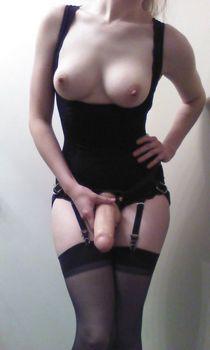 Amateur porn - niche Strapon