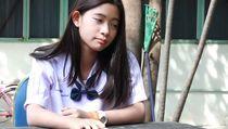 Portrait of Thai Student Teen ว ด โ อ ส ต อ ก (ป ล อ ด ค า ล