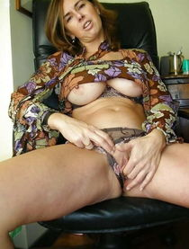 Tempting older strumpets posing nude on cam