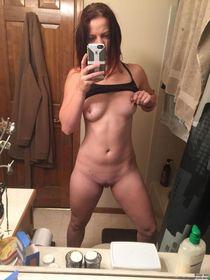 Suck my pussy then fuck hard. Kik me tnybr9 - BDSM Kik - BDS