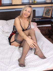 Fetish Blonde Porn Jpg