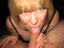 Amateur porn - niche Housewife