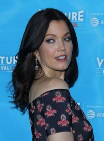 Bellamy Young At Vulture Festival - Scandal Panel in Los Ang